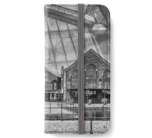 The Wharf, Cardiff Bay Mono iPhone Wallet/Case/Skin