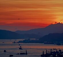 Hong Kong Sunset by MichaelKe