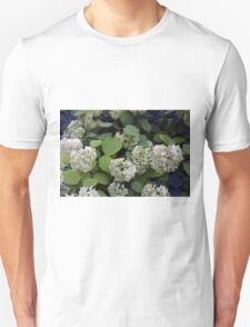 Natural pattern with white flowers and green leaves. Unisex T-Shirt