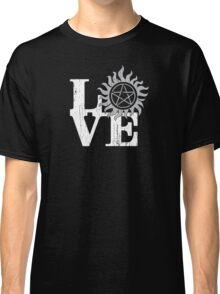 LOVE Supernatural Classic T-Shirt