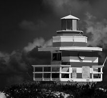 Lifeguard Station, Miami Beach by DDMITR