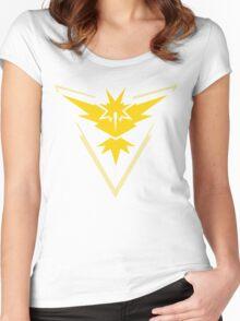 Team Instinct Pokemon Go  Women's Fitted Scoop T-Shirt
