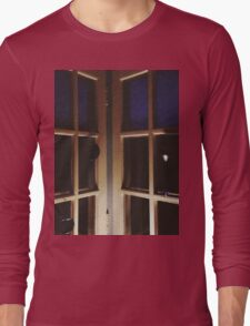 10:32, waiting for a call Long Sleeve T-Shirt