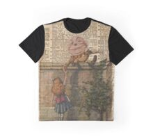 Humpty Dumpty and Alice,Alice In Wonderland,Vintage Dictionary Art Graphic T-Shirt
