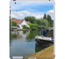 RIVERSIDE PROPERTY iPad Case/Skin
