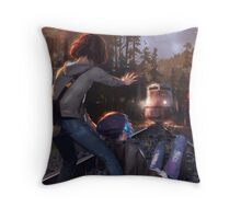Life is Strange Throw Pillow