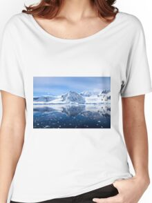 Wilhelmina Bay is a bay 24 kilometres (15 mi) wide between the Reclus Peninsula and Cape Anna Women's Relaxed Fit T-Shirt