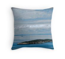 Solo Sister Island Throw Pillow