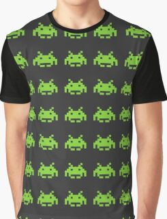 Invaders from space! Graphic T-Shirt