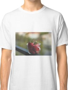 Strawberries in a cup Classic T-Shirt