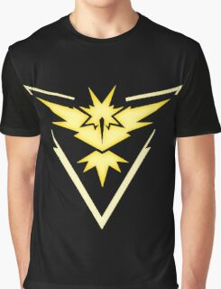 Team Instinct | Pokemon GO Graphic T-Shirt
