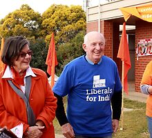 #Indivotes Cathy McGowan MP polling day 2016 by jansant