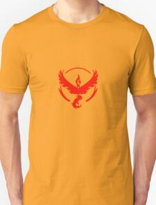 Team Valor (Pokemon Go) Unisex T-Shirt