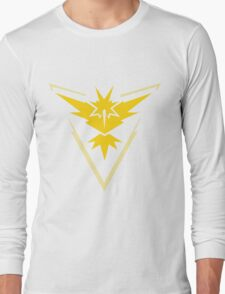 Team Instinct Symbol (Large + No Words) Long Sleeve T-Shirt