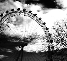 London eye. by TonichaBerry