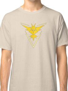 Pokemon GO: Team Instinct (Yellow) Classic T-Shirt