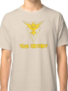 Pokemon GO: Team Instinct (Yellow) - Text Classic T-Shirt