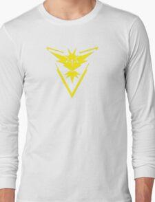 Pokemon GO: Team Instinct - Clean (Yellow Team) Long Sleeve T-Shirt
