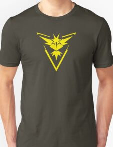 Pokemon GO: Team Instinct - Clean (Yellow Team) Unisex T-Shirt