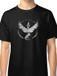 Team Valor grunge Classic T-Shirt