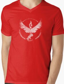 Team Valor grunge Mens V-Neck T-Shirt
