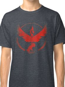 Team Valor grunge red Classic T-Shirt