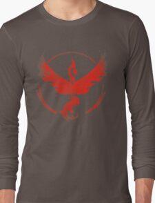 Team Valor grunge red Long Sleeve T-Shirt