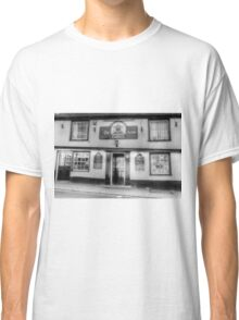 The Coopers Arms Pub Rochester Classic T-Shirt