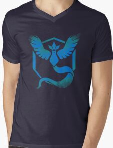Team Mystic grunge blu Mens V-Neck T-Shirt