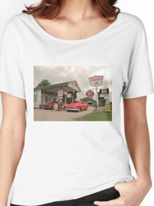 Sinclair Gas Station Women's Relaxed Fit T-Shirt