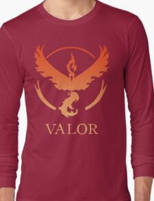 TEAM VALOR - POKEMON GO TSHIRT Long Sleeve T-Shirt