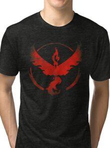 Team Valor grunge red - black bg Tri-blend T-Shirt