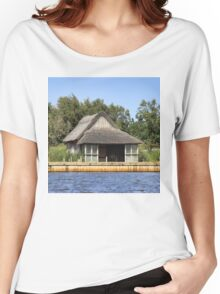 Horsey mere thatched cottage Women's Relaxed Fit T-Shirt