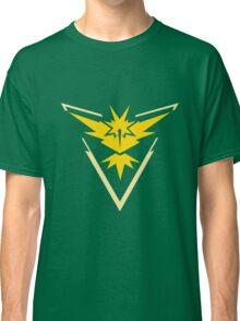 Team Instinct - Pokemon Go Team Merch Classic T-Shirt