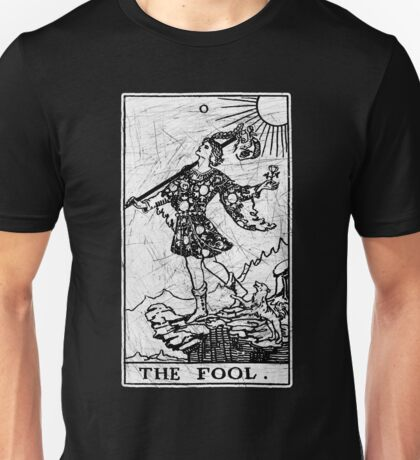 The Fool Tarot Card - Major Arcana - fortune telling - occult Unisex T-Shirt