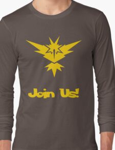 Team Instinct! Long Sleeve T-Shirt