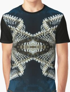 memory of a reptile Graphic T-Shirt