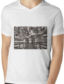 to the bridge Mens V-Neck T-Shirt