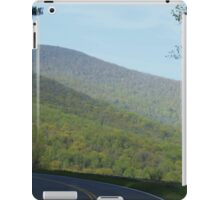Shenandoah National Park at Spring time iPad Case/Skin