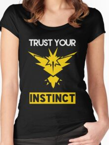 Trust Your Instinct Women's Fitted Scoop T-Shirt