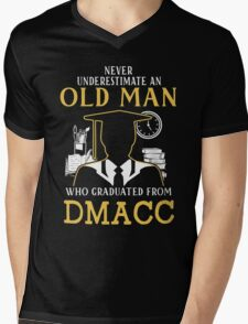 Never Underestimate An Old Man Who Graduated From Des Moines Area Community College Mens V-Neck T-Shirt