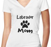 Labrador Mom Women's Fitted V-Neck T-Shirt