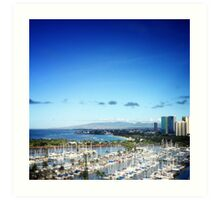 Honolulu lagoon & beach - daytime Art Print