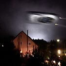 UFO above pink house by NafetsNuarb