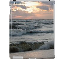 Waves iPad Case/Skin