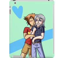 Heroshipping Love iPad Case/Skin