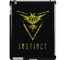 TEAM INSTINCT - POKEMON GO TSHIRT iPad Case/Skin