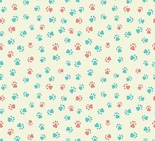 Print with paw footprints of animals by jentesmiler