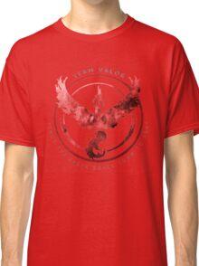 Team Valor pokemon go Classic T-Shirt