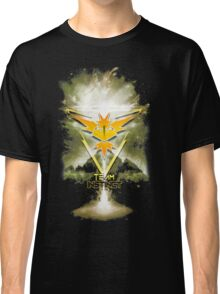 Team Instinct Yellow pokemon go Classic T-Shirt
